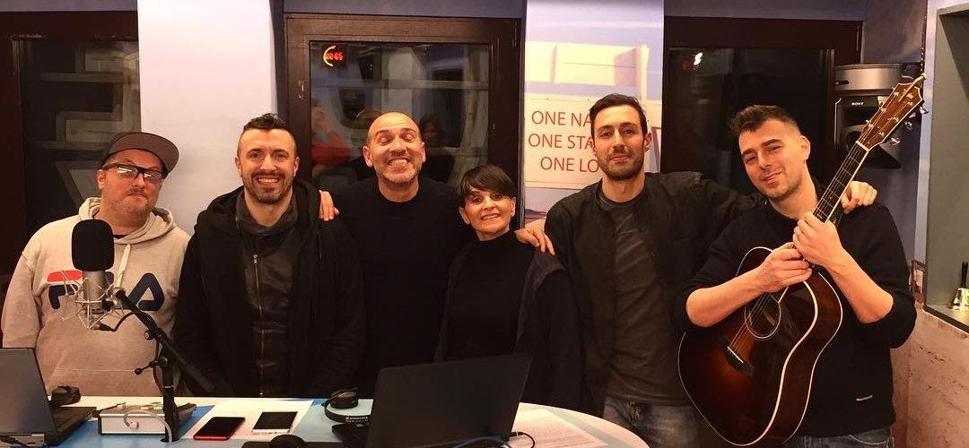 Fine delle trasmissioni! @radiodeejay grazie ai nostri amici @nicolavitiellordeejay @gianluca_vitiello_ #oblivion #milano #thehumanjukebox #andiamoaletto…
