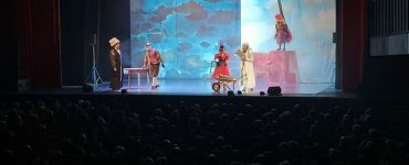 Prima bellissima replica SOLD OUT de LA BIBBIA RIVEDUTA E SCORRETTA al Teatro Celebrazioni…